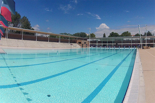 Cannes le grand bleu et son bassin olympique ouvrent for Piscine coubertin