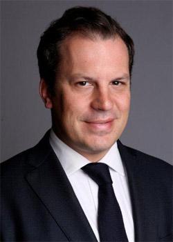 <b>Camille de Guillebon</b> a été nommé associé responsable des agences de Nice et ... - Guillebon_EY_Nice-Monaco_250